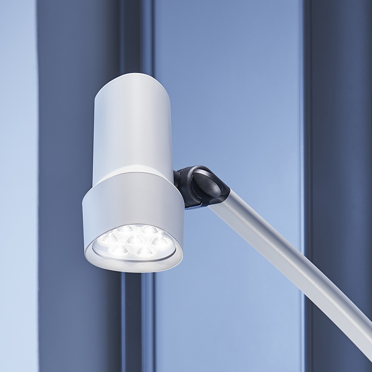 Coolview CLED50 powerful light intensity 50,000 Lux