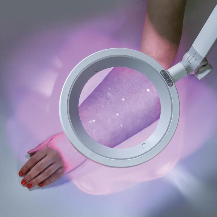 Optica UV Light