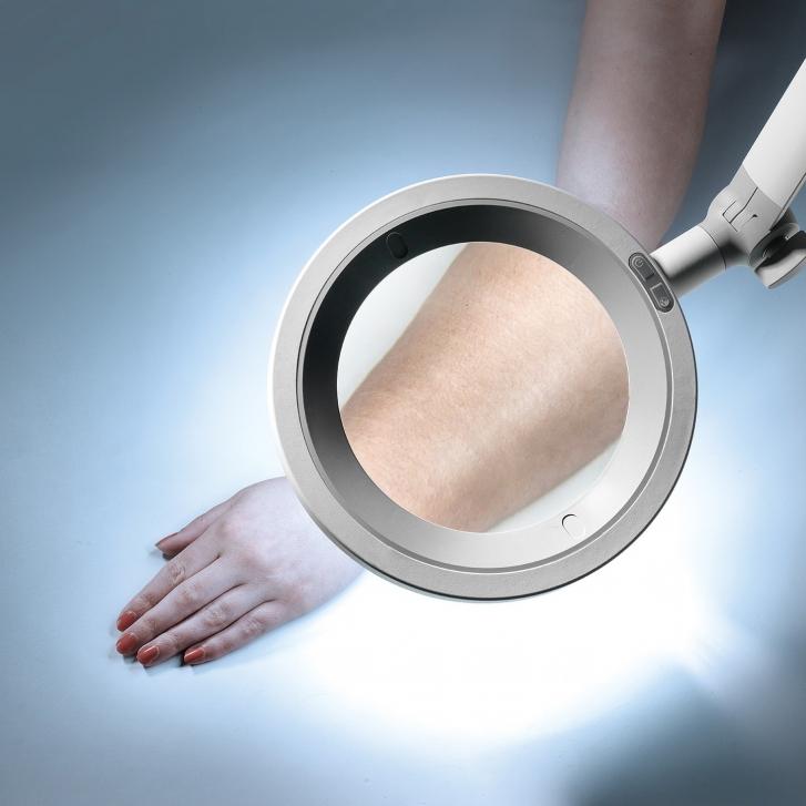 Optica LED Blue Light Magnifier